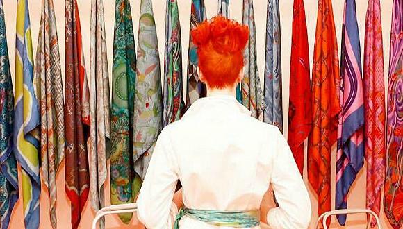 """爱马仕开起了""""洗衣房""""  两个半小时让一条丝巾焕然一新"""