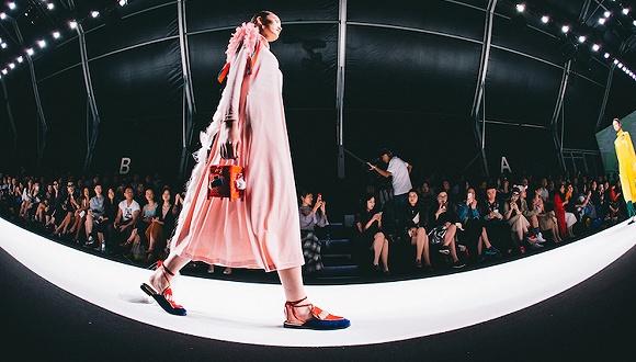 资本在寻找下一个中国明星时尚公司