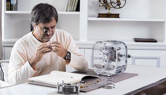 """这座叫""""空气钟""""的精密仪器有什么特别的 吸引宇宙最忙设计师Marc Newson第三次设计它"""