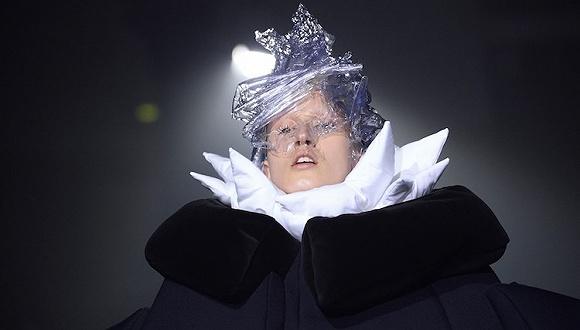【巴黎时装周】川久保玲师徒的对台戏  Vivienne West宣布试水即秀即买