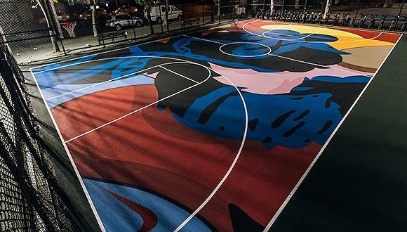 KAWS改造了纽约的一个篮球场 在涂鸦上打球会更酷吗?