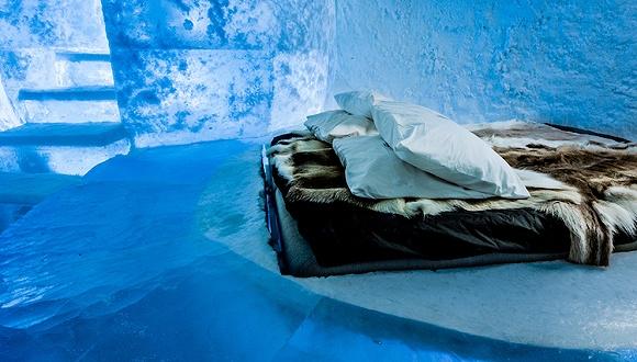 """瑞典的寒冰酒店正式开业 准备一年365天随时把客人打进""""冷宫"""""""