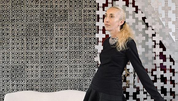 专访10 Corso Como创始人Carla Sozzani:关于编辑、时装行业、店铺以及谣言