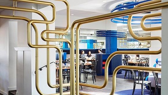没有常见的唐人街style 墨尔本这家中餐馆走电子科技风