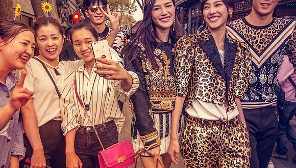 Dolce & Gabbana的这组宣传片 真的是在曲解中国吗?