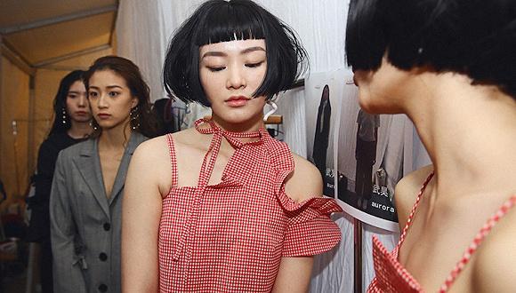 【上海时装周】国际羊毛局与设计师合作 是为了让你夏天也想穿羊毛