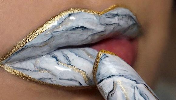 把嘴唇涂成这样,居然是现在最流行的……