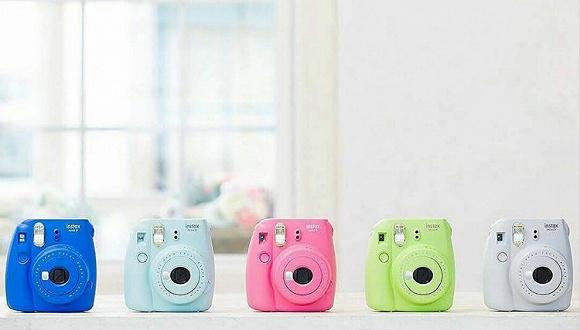 【是日美好事物】Fujifilm全新拍立得多了自拍镜  Tom Ford Tara手袋系列