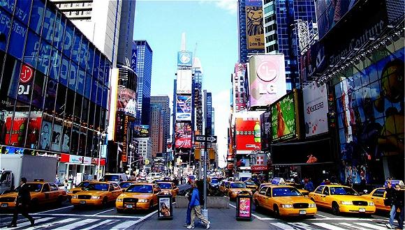 纽约用百年耕耘出一条第五大道 可它现在似乎没那么吃香了