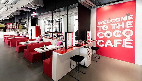 Chanel终于把限时咖啡店开到了上海 但真正要卖的是唇露和指甲油