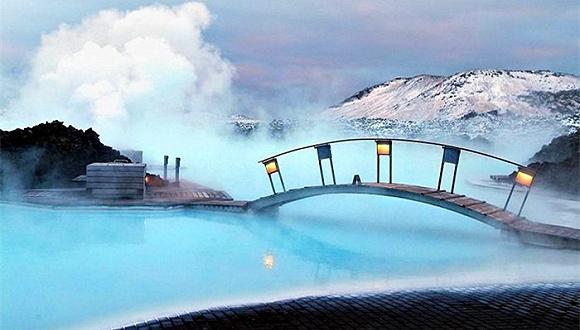 10个惊艳到值得你倾注整个假期的天然游泳池