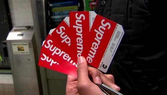 想靠Supreme纽约公交卡发家致富?事实可能没你想的那么夸张