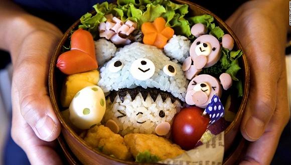 在日本,卡哇伊还是可以当饭吃的