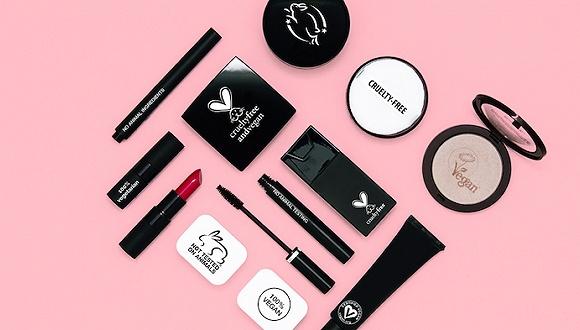 """为什么好些红遍全球的美妆品牌不在中国卖?这要聊到""""动物测试""""了"""