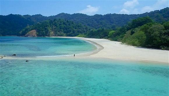 缺乏基本交通工具的缅甸丹老群岛,如今可以从印尼和泰国搭豪华游船前往