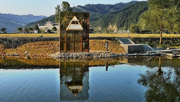 一座瞭望塔让贵州的一个古镇和一条小溪成了网红