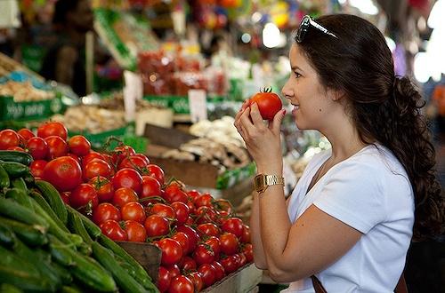市集是一个地方最鲜活的角落,以色列更不例外