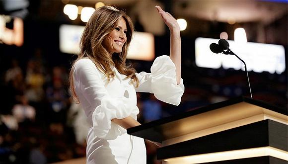 围绕美国新第一夫人礼服的纷争能消停了吗?