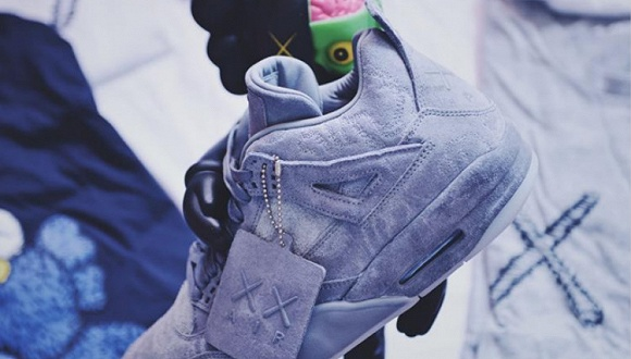 【是日美好事物】KAWS x Nike Air Jordan 4要上市了 Dior首支固体唇釉