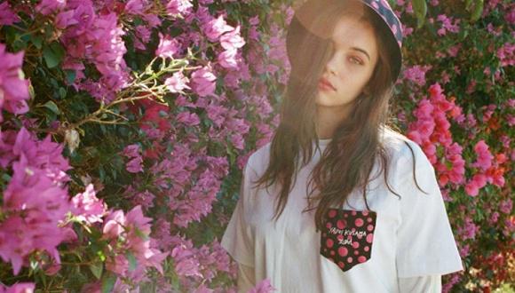 【是日美好事物】草间弥生推出了经典波点服装 要降温了来条Loro Piana羊绒围巾吧