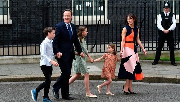 英国前首相夫人要推出自己的时装品牌了 而且价格还不贵