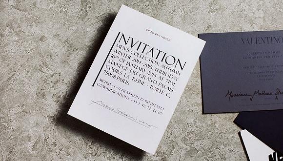 走 买一张黄牛时装秀邀请函 咱们到巴黎看秀去