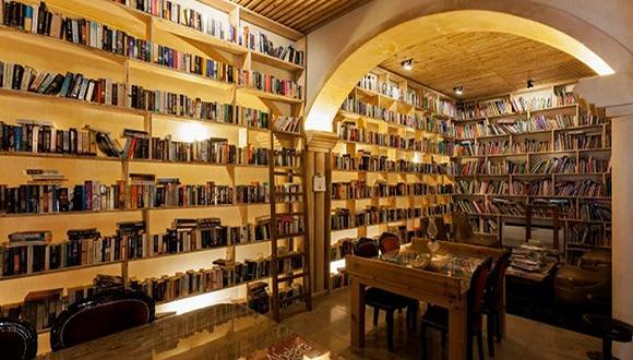 藏有4万多本书的旅馆,文学爱好者梦想成真