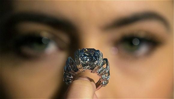 真的有人会在网上买贵重的珠宝首饰吗?其中的原因你未必猜得到