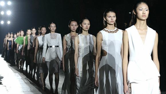 衣服鞋包这一年(3) | 这么多中国服装公司都跑去收购海外品牌 它们想得到什么?