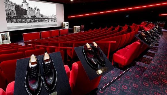 把鞋店开进电影院 据说这样的快闪店能让你感到浪漫